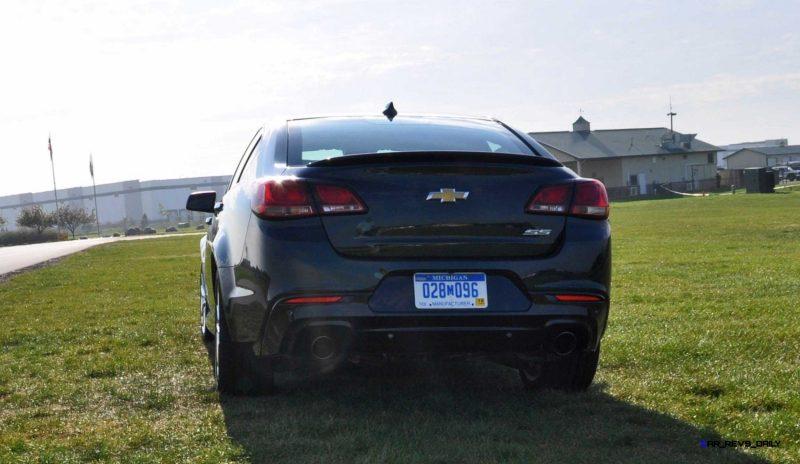 2015 Chevrolet SS Green 25