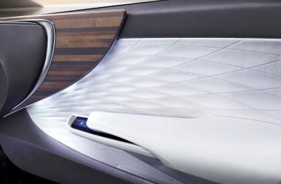 2015 Lexus LF-FC Flagship Concept 31