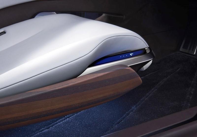2015 Lexus LF-FC Flagship Concept 33