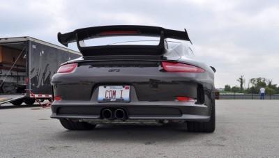 2015 Porsche 911 GT3 17