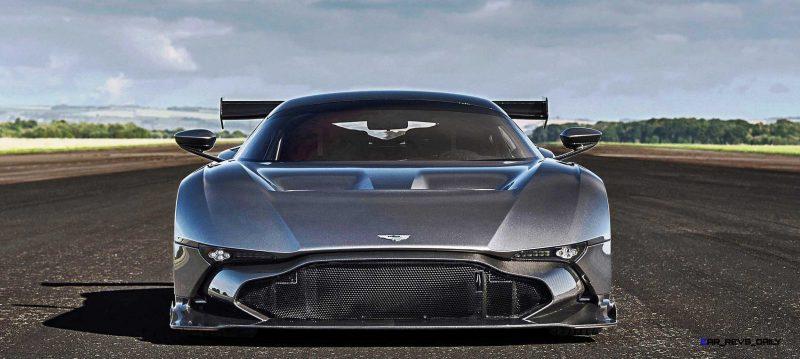 2016 Aston Martin VULCAN meets Avro VULCAN Bomber 18