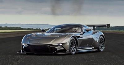 2016 Aston Martin VULCAN meets Avro VULCAN Bomber 2