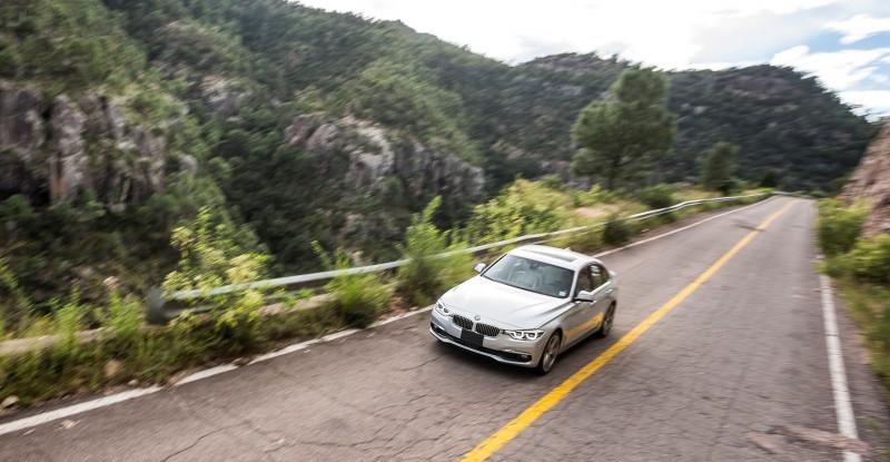 2016 BMW 340i M Sport 59