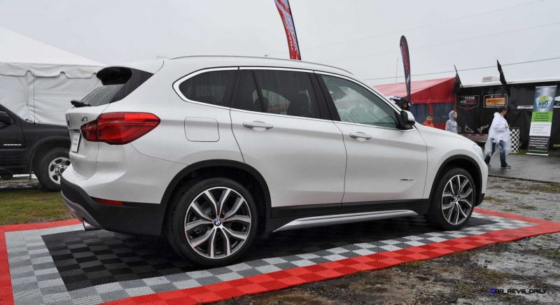 2016 BMW X1 Alpine White 10