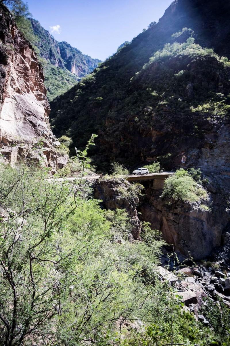 2016 BMW X1 xDrive28i Copper Canyon Mexico 52