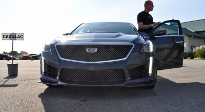 2016 Cadillac CTS-V Phantom Grey and Carbon Package 14