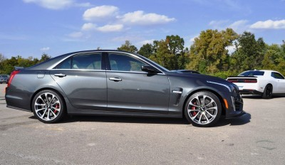 2016 Cadillac CTS-V Phantom Grey and Carbon Package 44