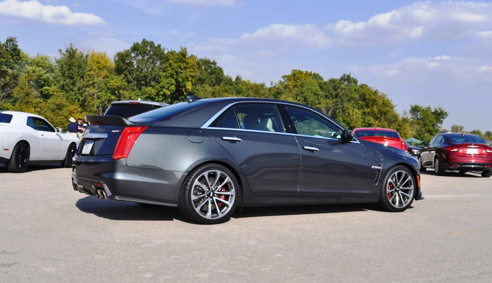 2016 cadillac cts v phantom grey and carbon package 49. Black Bedroom Furniture Sets. Home Design Ideas
