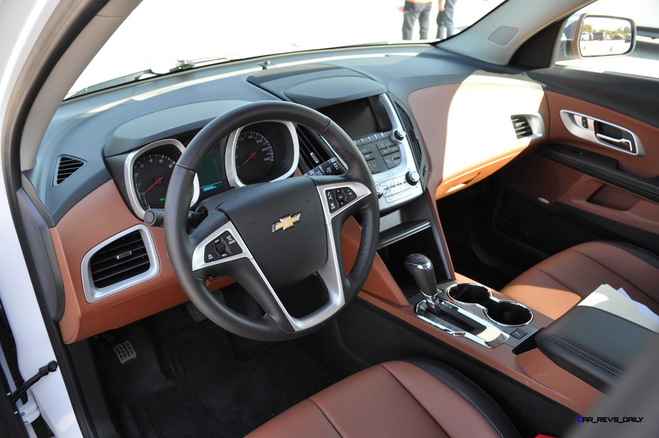 2016 Chevrolet EQUINOX LTZ Interior Saddle Brown 1