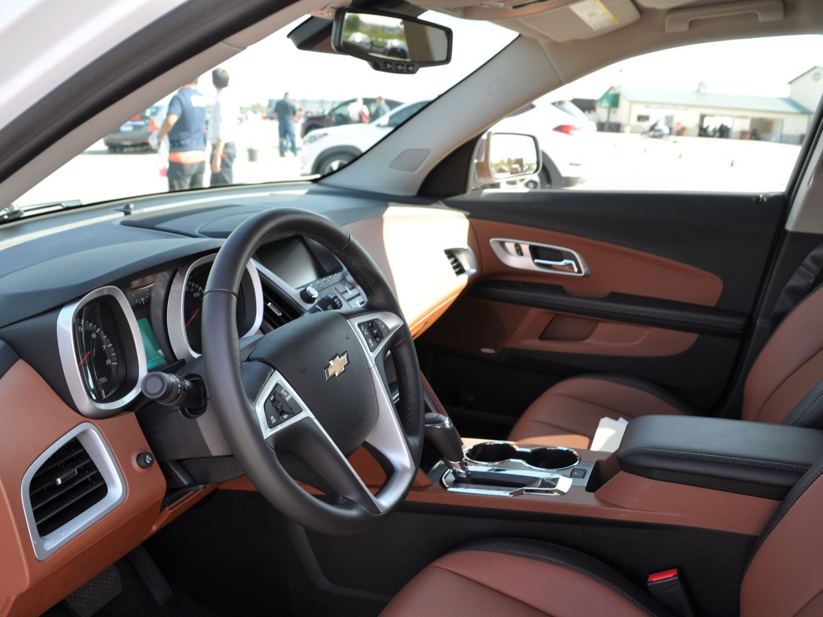 2016 Chevrolet Equinox Ltz Interior Saddle Brown 2