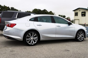 2016 Chevrolet MALIBU 2.0T – Pre-production First Look Inside and Out
