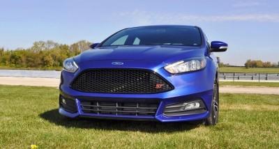 2016 Ford FOCUS ST Kona Blue 1