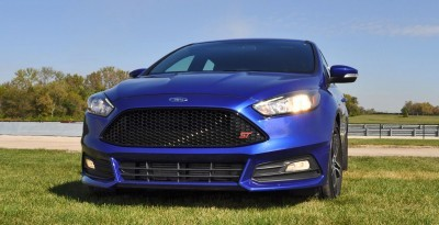 2016 Ford FOCUS ST Kona Blue 108