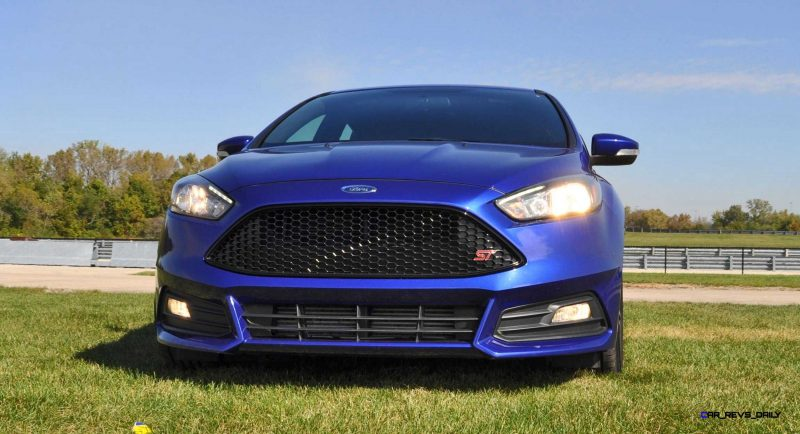 2016 Ford FOCUS ST Kona Blue 109