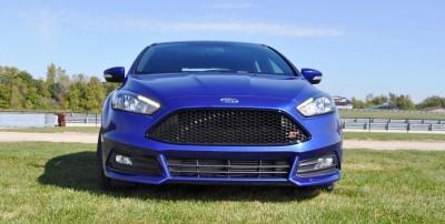 2016 Ford FOCUS ST Kona Blue 20