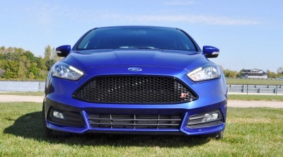 2016 Ford FOCUS ST Kona Blue 21