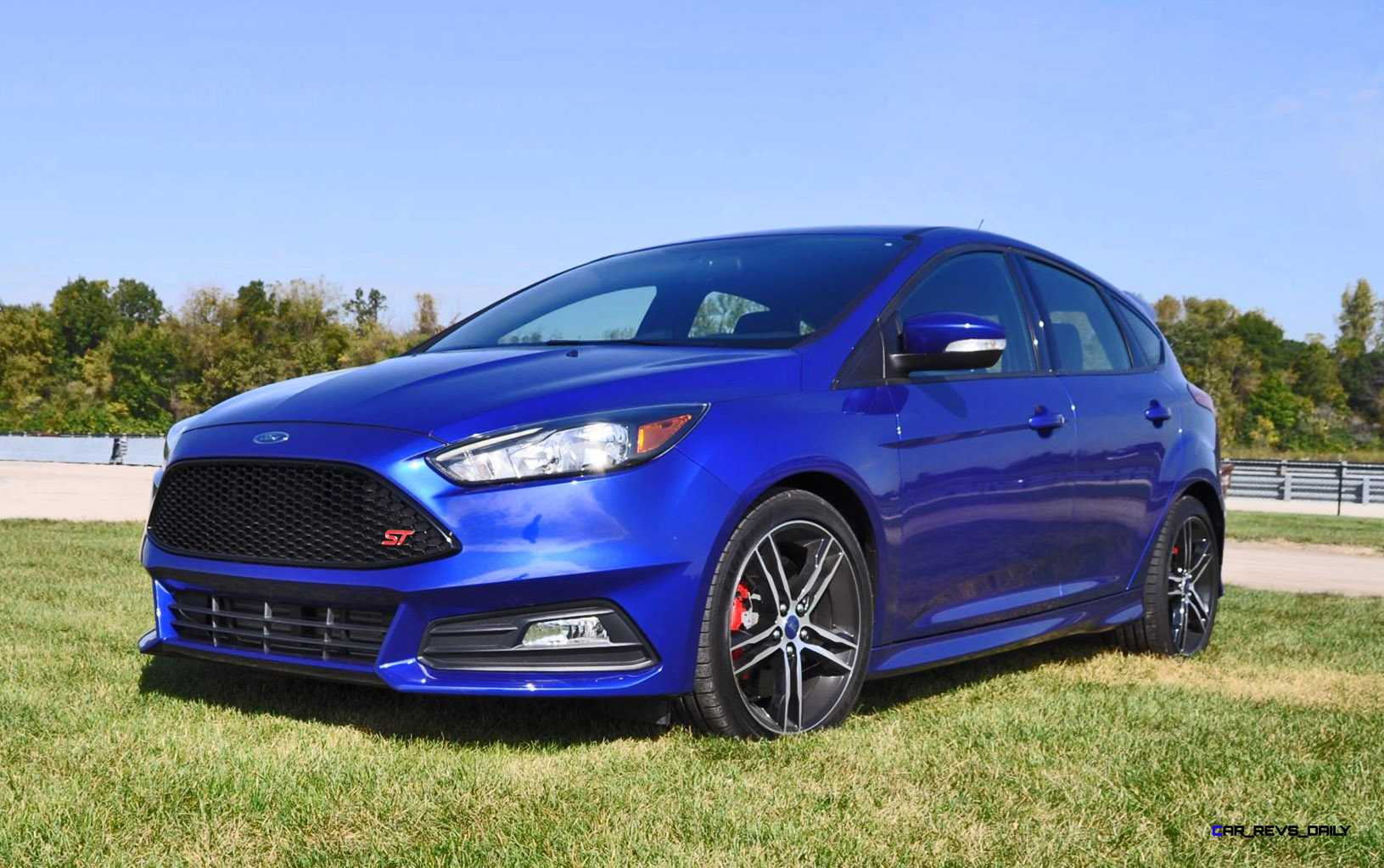 2016 ford focus st kona blue st1 flyaround in 120 pics hd video car revs. Black Bedroom Furniture Sets. Home Design Ideas