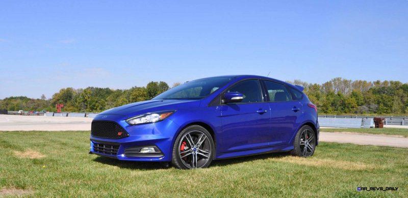 2016 Ford FOCUS ST Kona Blue 34