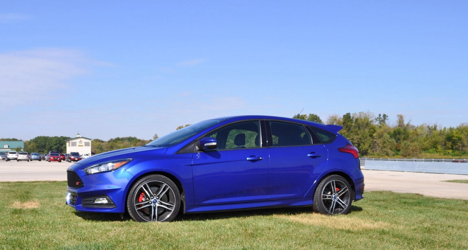 2016 ford focus st kona blue 42. Black Bedroom Furniture Sets. Home Design Ideas