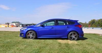 2016 Ford FOCUS ST Kona Blue 50