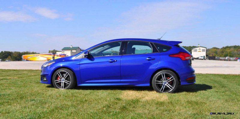 2016 Ford FOCUS ST Kona Blue 52