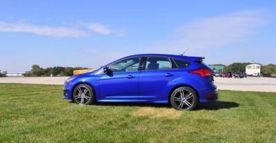 2016 Ford FOCUS ST Kona Blue 53