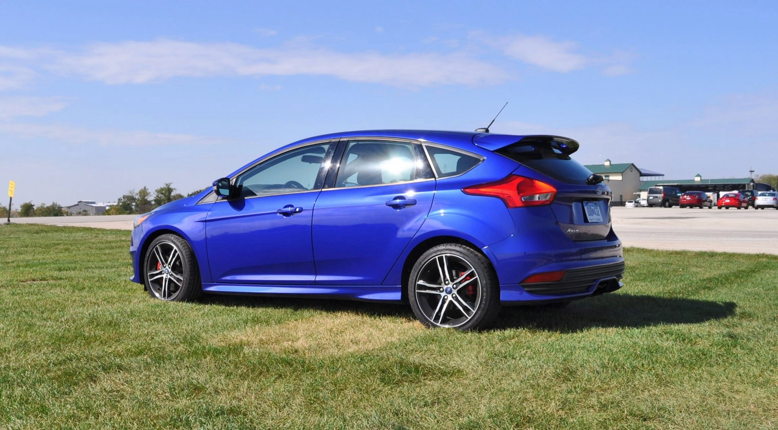 2016 ford focus st kona blue 54. Black Bedroom Furniture Sets. Home Design Ideas