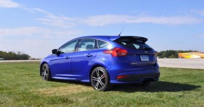 2016 Ford FOCUS ST Kona Blue 58