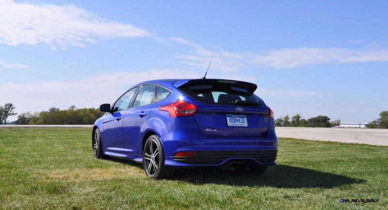 2016 Ford FOCUS ST Kona Blue 62