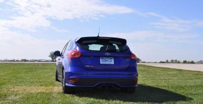 2016 Ford FOCUS ST Kona Blue 66