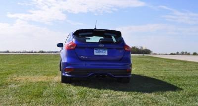 2016 Ford FOCUS ST Kona Blue 67