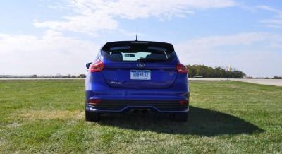 2016 Ford FOCUS ST Kona Blue 68