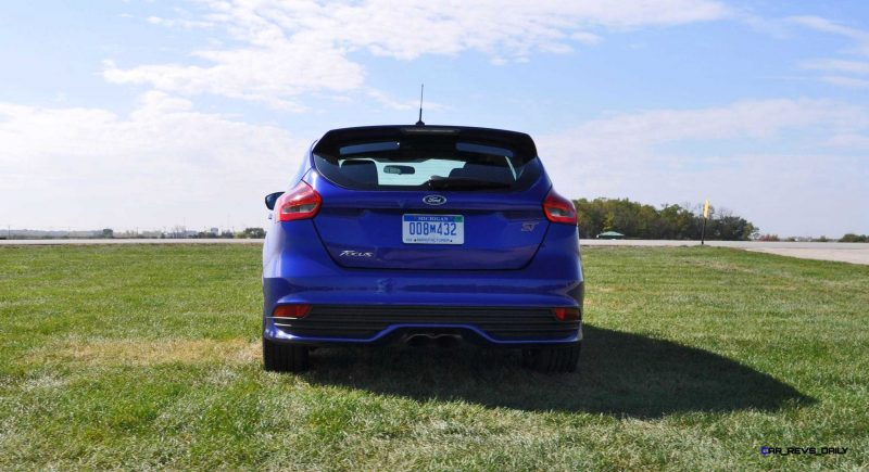 2016 Ford FOCUS ST Kona Blue 68