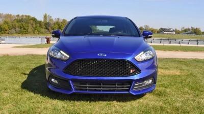 2016 Ford FOCUS ST Kona Blue 7