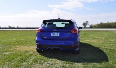 2016 Ford FOCUS ST Kona Blue 70