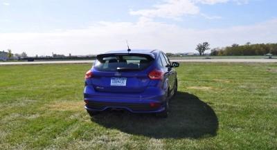 2016 Ford FOCUS ST Kona Blue 71
