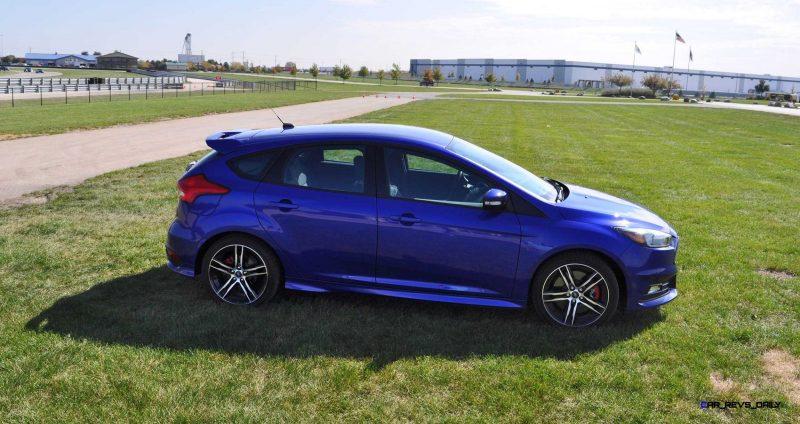 2016 Ford FOCUS ST Kona Blue 86