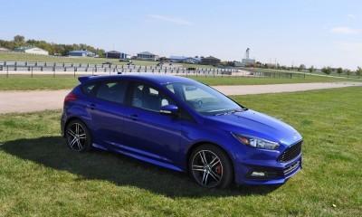 2016 Ford FOCUS ST Kona Blue 91
