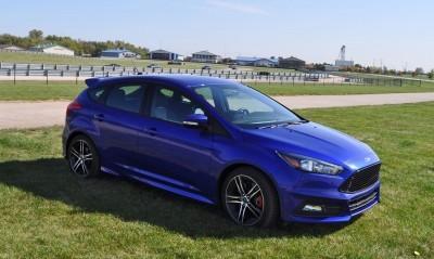 2016 Ford FOCUS ST Kona Blue 92