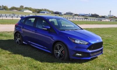 2016 Ford FOCUS ST Kona Blue 94