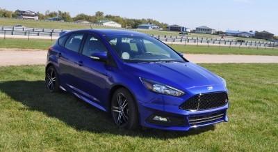 2016 Ford FOCUS ST Kona Blue 96