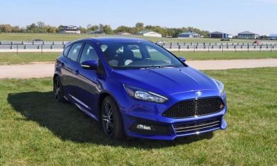2016 Ford FOCUS ST Kona Blue 98