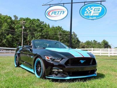727HP 2016 Ford Mustang GT KING Edition Headed to Ford Stores w/ Race Parts, Factory Warranty
