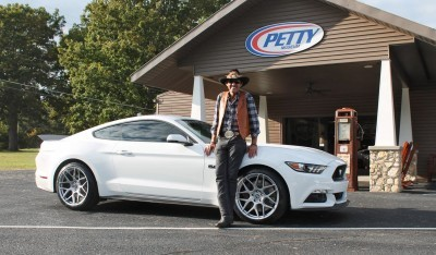 2016 Ford Mustang GT KING Edition White 2