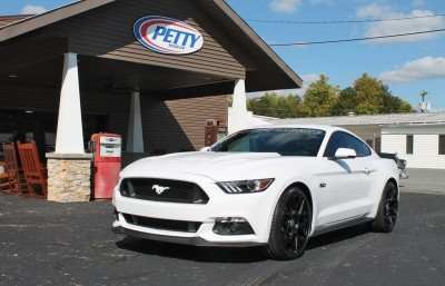 2016 Ford Mustang GT KING Edition White 3