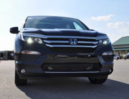2016 Honda Pilot Elite AWD – Photo Flyaround Shows Classy LEDs, All-New Look