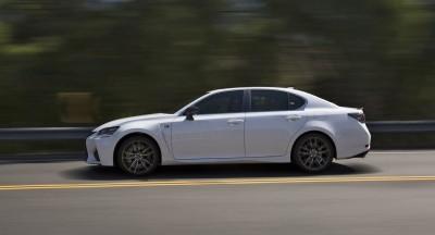 2016 Lexus GS-F 16