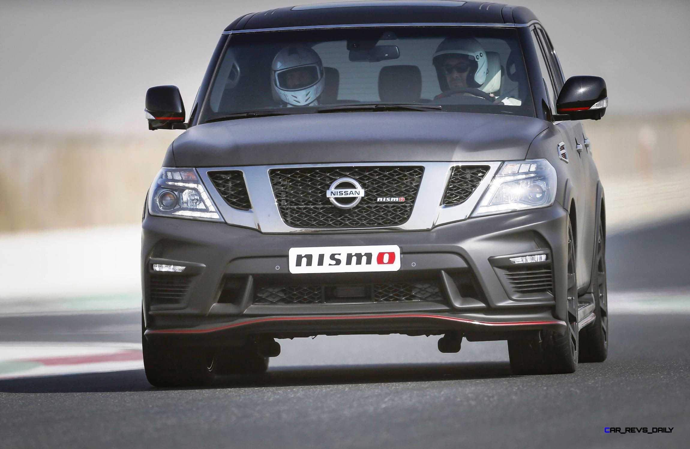 2016 Nissan Patrol Nismo Black 18