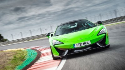 5862McLaren-570S-Coupe---Mantis-Green-013