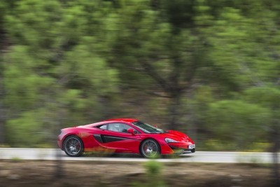 5925McLaren-570S-Coupe---Vermillion-Red-006